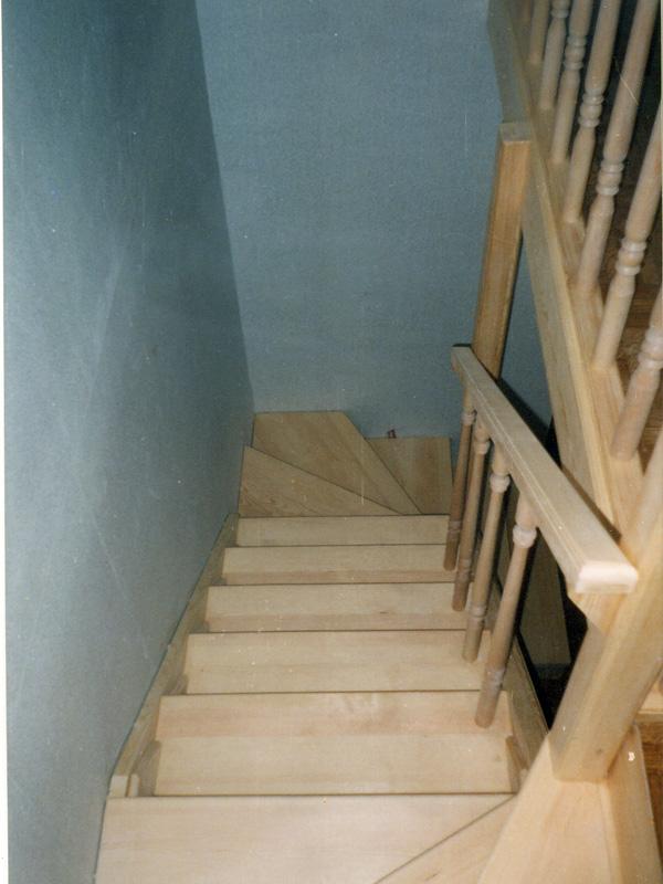 Лестницы из дерева Киев