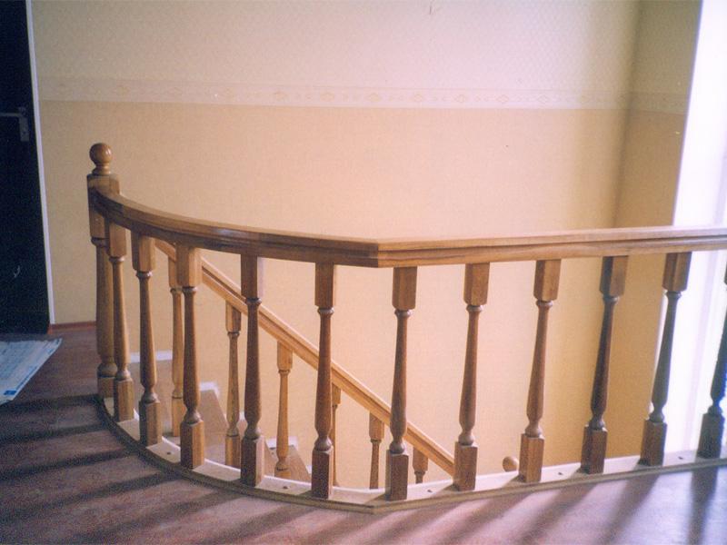 Деревянные лестницы заказать