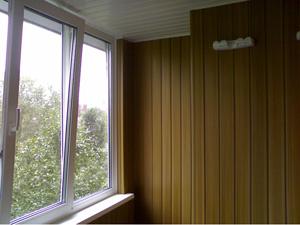 Обшивка балконов и лождий пластиковой вагонкой