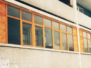 Остекление балкона внешний вид